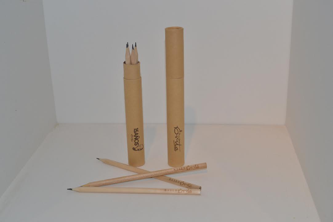Práctico y sencillo juego de lápices